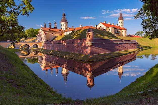 Belorussian 마을 nesvizh, 벨로루시에서 중세 성.