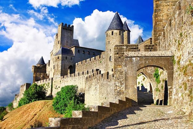 Средневековые замки франции, каркассон, самая большая крепость европы.