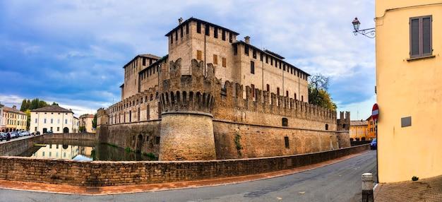 イタリアの中世の城-パルマ県、rocca sanvitale di fontanellato
