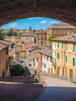 イタリアの中世の町