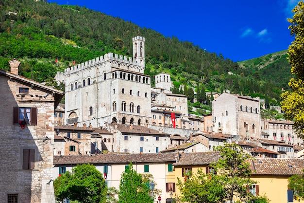 イタリアの中世の町シリーズ、グッビオ