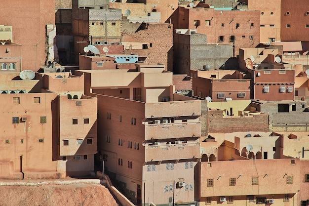 アルジェリア、サハラ砂漠、エルアテウフ市のメディナ