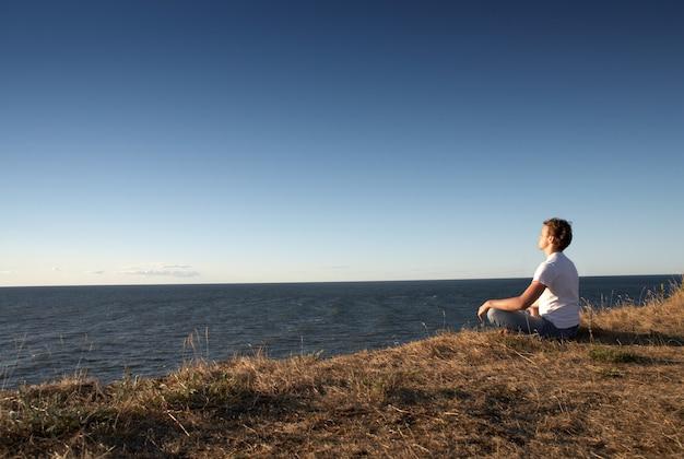 海岸での瞑想