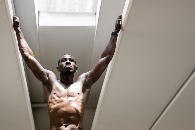 Тренировка мужчин средней формы Бесплатные Фотографии