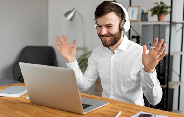 Medium shot man with headphones