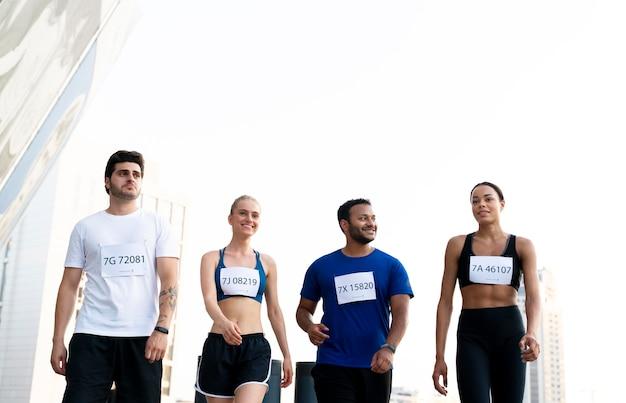 Средние бегуны на открытом воздухе
