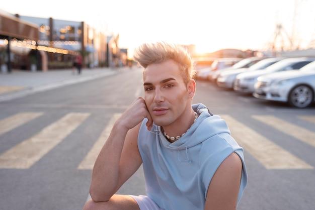 Stile di vita transgender di livello medio