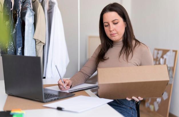 Colpo medio donna con scatola