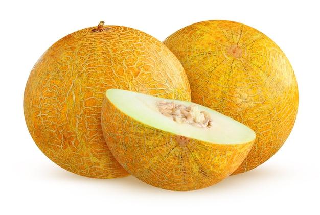 メロンは白い背景で分離されました。 2つの丸ごとの果物と半分。