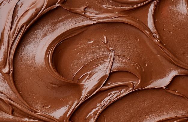 Текстура растопленного шоколада, вид сверху