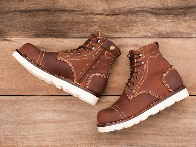 Men fashion brown boots with zipper. steel toe boots fashion design by custom made for bikers.
