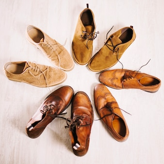 Men's boots in circle