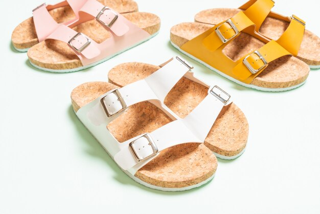 Men's and women's fashion leather sandals