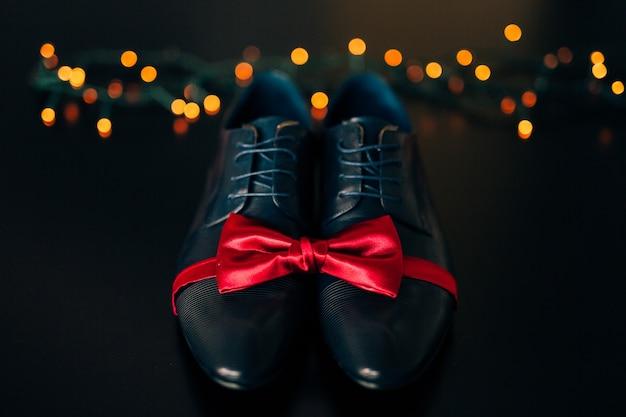남성 신발 및 나비 넥타이 웨딩 액세서리