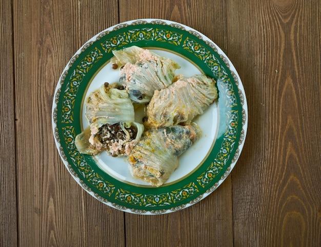 """Mercimekli lahana sarmasã""""â±  -turkish  lentil sarma"""