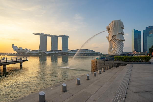Merlion park with sunrise in singapore city, singapore