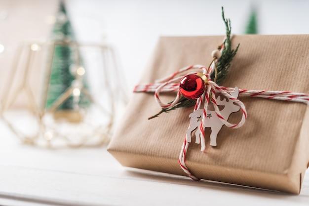С рождеством и новым годом эко подарок