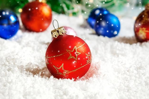 Веселого рождества и счастливого нового года, фон поздравительной открытки праздники. выборочный фокус. праздники