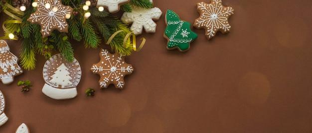 メリークリスマスと年末年始の背景、クリスマス自家製ジンジャーブレッドクッキー。