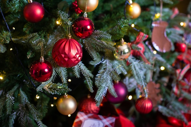 Merry christmas and new year holidays background. beautiful decorated christmas tree.