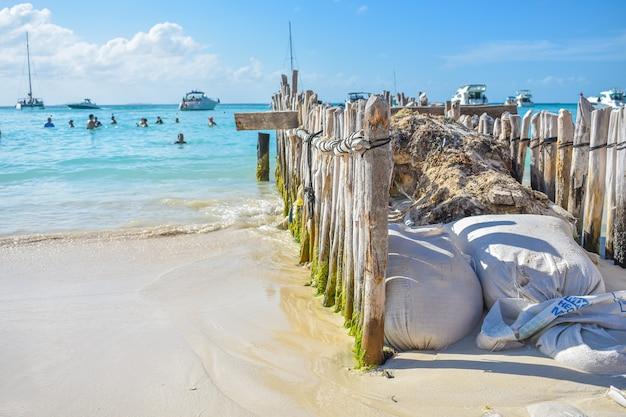 Mesmerizing shot of a beautiful seascape at daytime