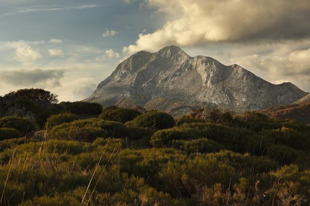Mesmerizing shot of the espiguete peak in palencia, spain
