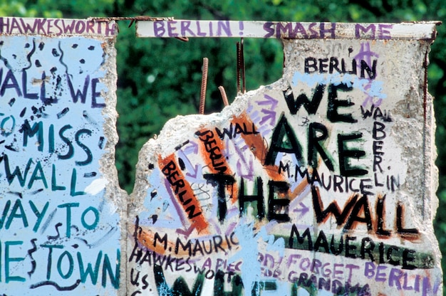 Messages on berlin wall