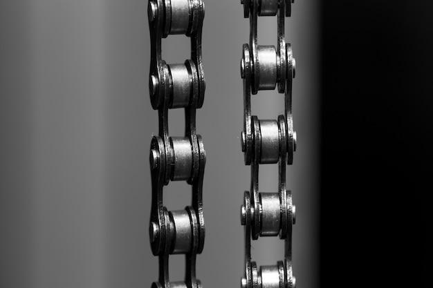 Металлическая велосипедная цепь. крупный план