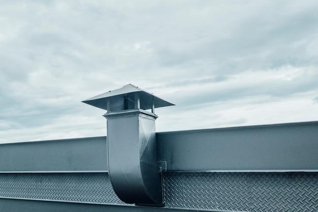 Metal chimney