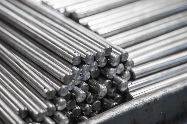 生産のための金属パターン