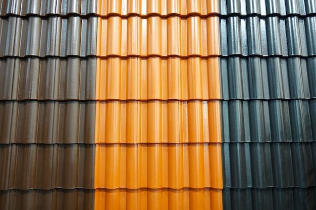 Металлический шифер для кровли различных цветов