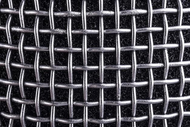 Микрофон с металлической текстурой
