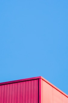 Metallic corner with sky