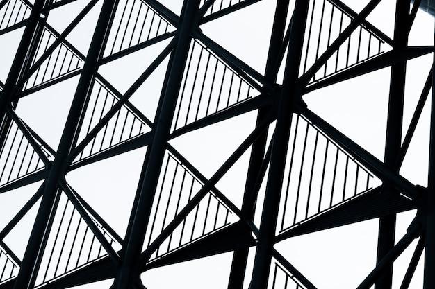 金属構造物