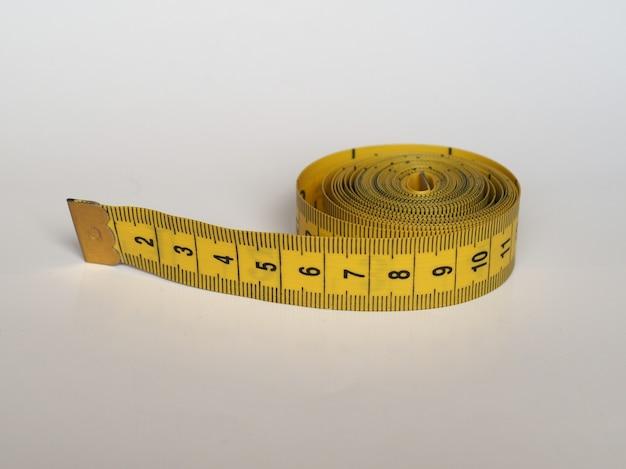 メートル法の巻尺