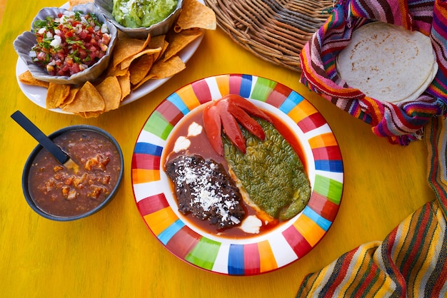 Mexican nopal filled recipe with sauces