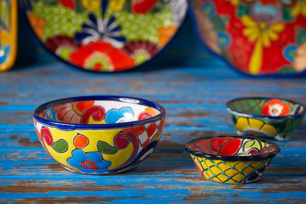 メキシコのメキシコの陶器タラベラスタイル