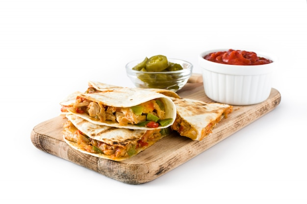 Mexican quesadilla with chicken, cheese and peppers