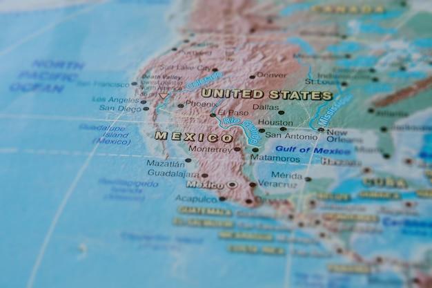 멕시코에서지도를 닫습니다. 국가 이름에 집중