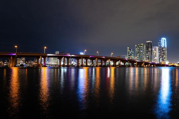 마이애미 시내. 마이애미, 플로리다, 미국 시내 스카이 라인.