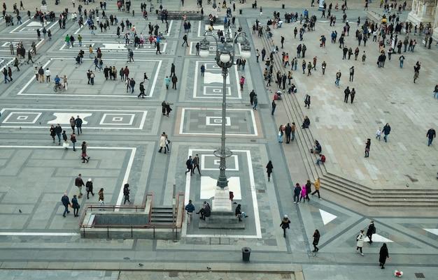 Milan square called piazza duomo