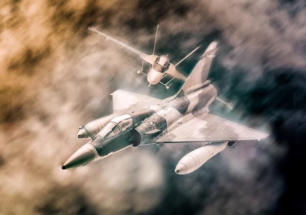 구름에서 비행하는 군사 전투기