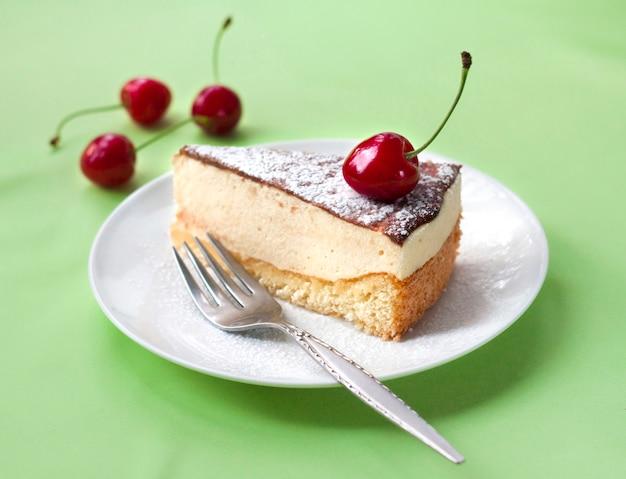 Milk souffle cake