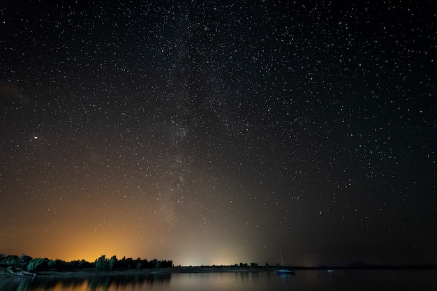 Milky way from the gabriel and galan reservoir.