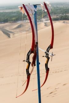 中国甘粛省九泉、敦煌、mingsha shanの砂丘の弓と矢