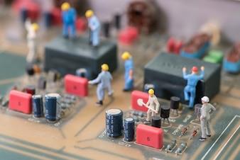 Miniature Electronic Technician