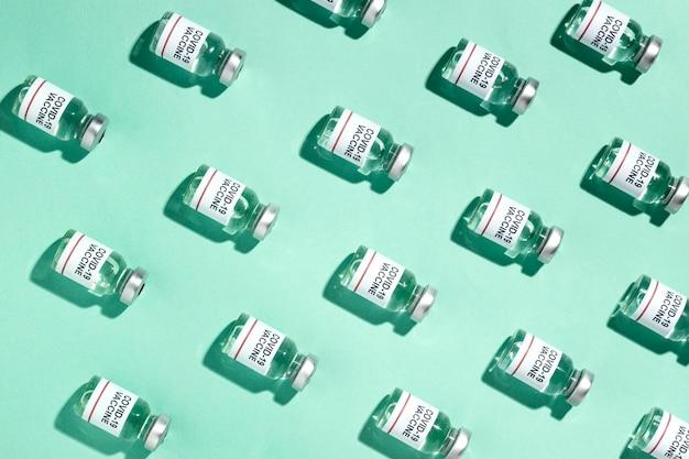 最小限のワクチンボトルの品揃え