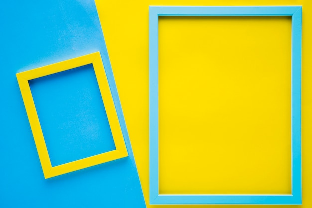 Minimalist empty frames with bicolor background