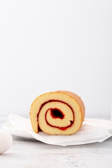 Minimalist rolls with jam and copy space