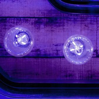 Минималистичный фон. лампочки цвета дизайн арт